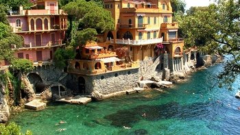Genoa Walking Tour & Cruise to Portofino