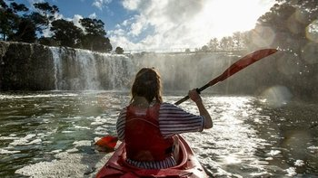 Half-Day Haruru Falls Kayaking Tour