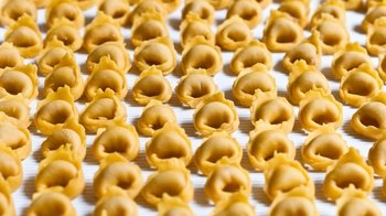 Food Walking Tour & Tortellini Cooking Class with Lunch