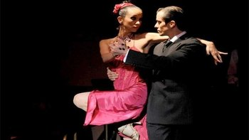 Taconeando Tango Show with Optional Dinner & Lesson