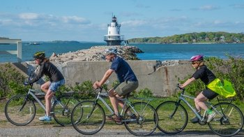 Portland's 5 Lighthouses - Guided Bike Tour