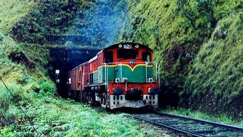 4-Day Private Guided Train Tour of Sri Lankan Countryside