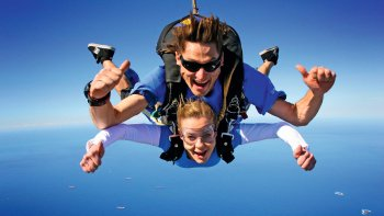 Wollongong Tandem Skydive up to 15,000ft