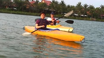 Private Sunset Kayaking Tour in Hoi An Old Town