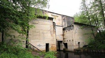 Full-Day Tour to Hitler's Military Headquarters of Wolf's Lair