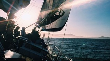 San Francisco Bay Sunset Sailing Cruise with Drinks