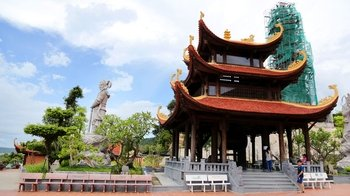 Half-Day Phu Quoc Tour with Sim Wine Distillery & Cao Dai Temple