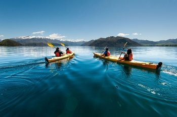 Half Day Guided Kayak Tour on Lake Wanaka