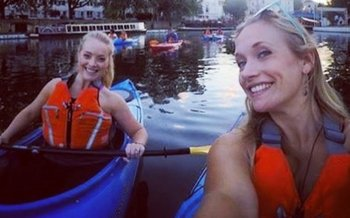 Historic Kayak Tour Through Downtown Napa River