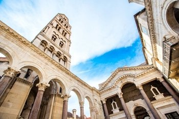 Small-Group Game of Thrones Tour