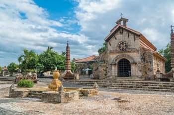 All Inclusive Day Trip to Altos de Chavon & Saona Island