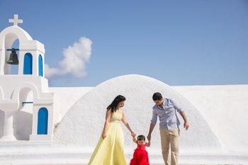 Private Session with a Local Photographer in Santorini