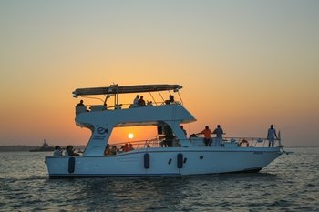 Sunset Cruise in Cartagena's Bay with Open Bar