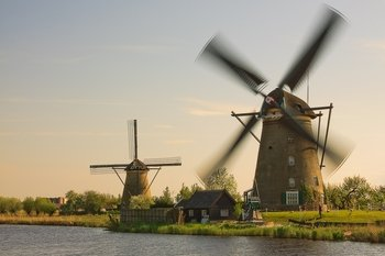 Small group tour to UNESCO'S Kinderdijk and The Hague