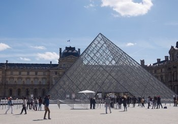 Louvre Museum Small group tour with skip the line