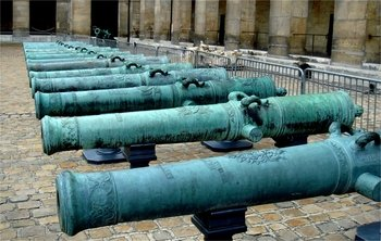 Invalides War Museum Skip-the-Line Private Guided Tour