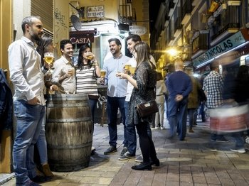 Zaragoza Evening traditional tapas walking tour