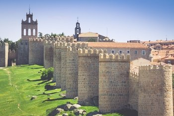 Tour to Avila from Salamanca with drop off in Madrid