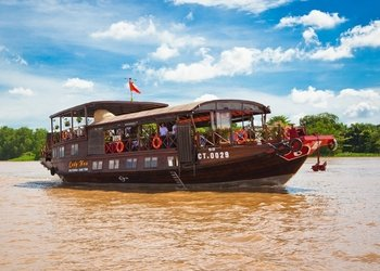2 Day Private Tour Mekong Delta Explorer: Cai Be & Can Tho
