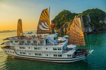 2 Days Cruising on Halong Bay Overnight On board Bhaya Cruises