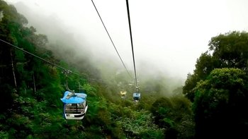 Genting Highlands Day Trip from Kuala Lumpur with Cable Car