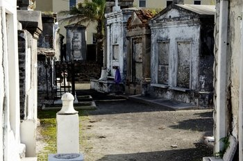 Voodoo and Cemetery Walking Tour in the French Quarter