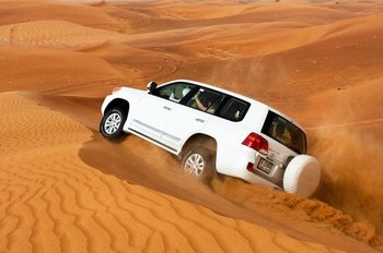 4X4 Desert Safari Dubai with Dune Bashing