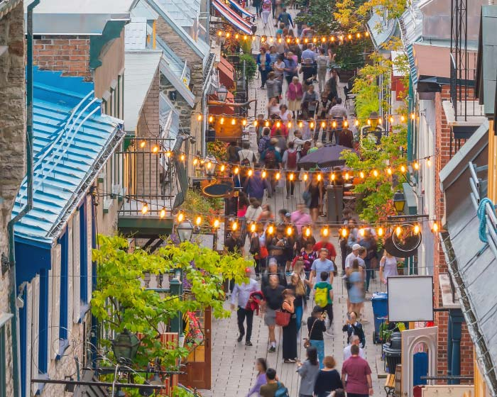 Cities for shopping fans