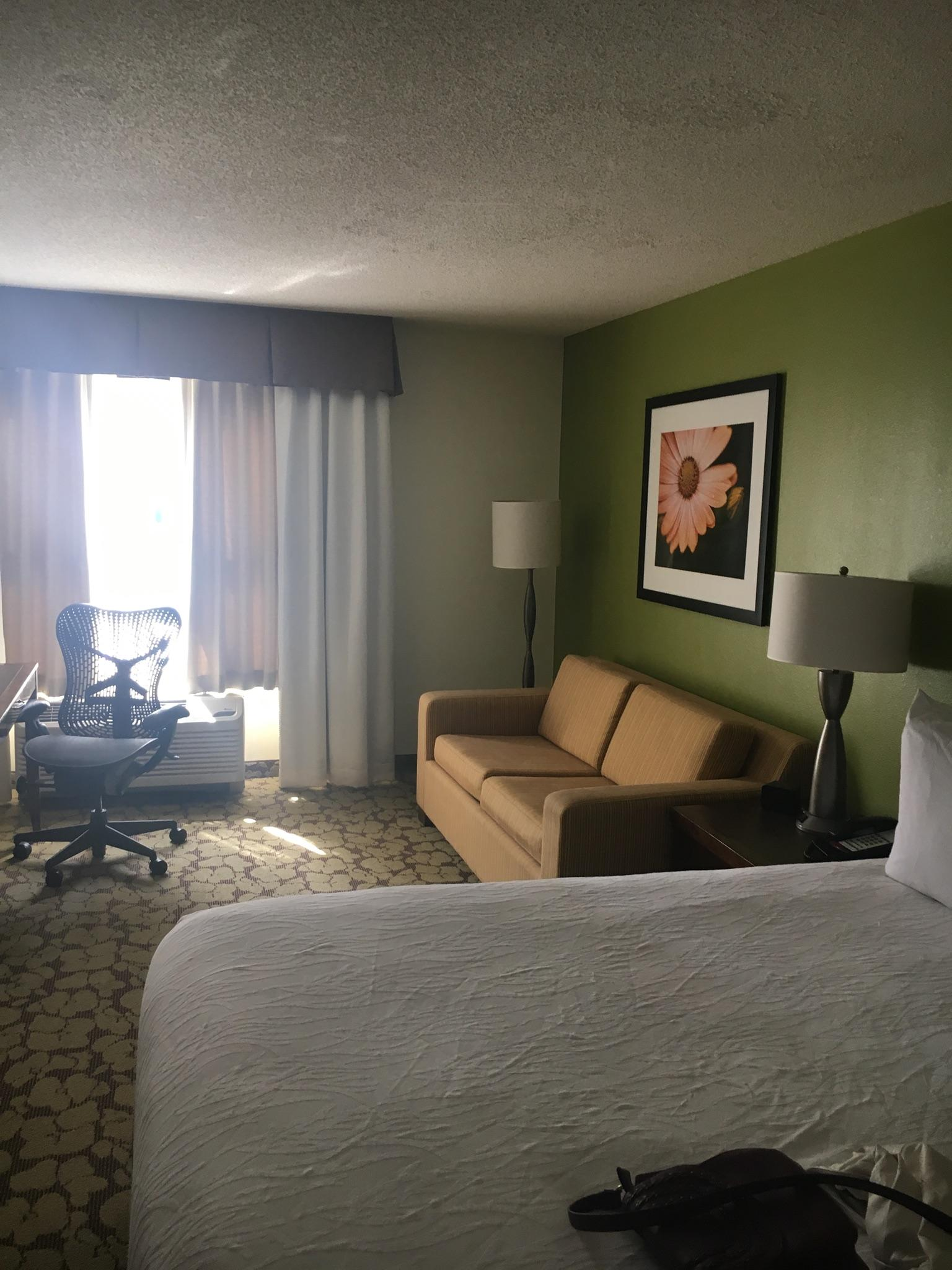 yes the hotel offer free parking but you has to walk up and down a flight of stairs secondly the hotel offers complimentary valet parking - Hilton Garden Inn Atlanta