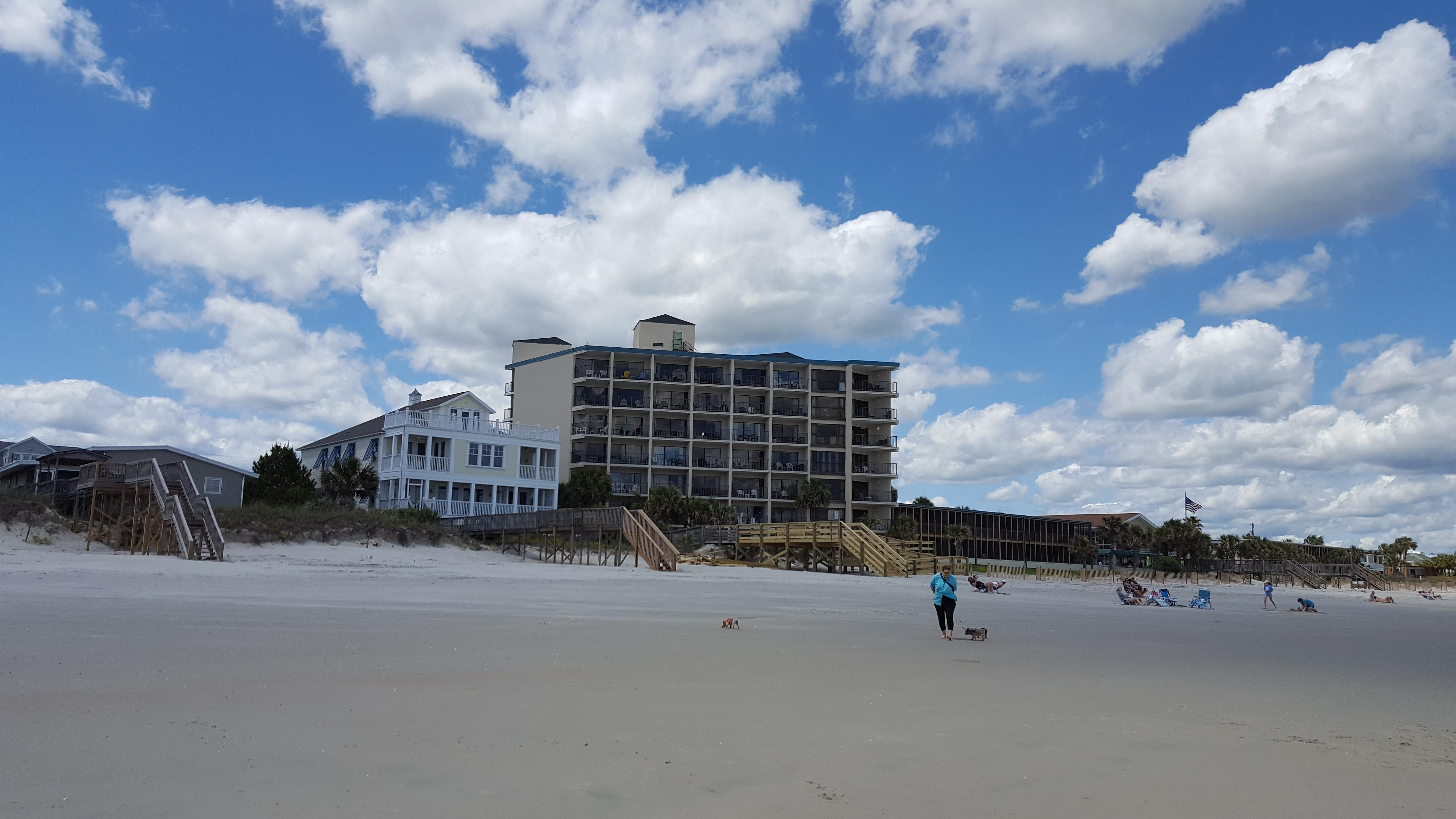 the oceanfront litchfield inn in myrtle beach hotel. Black Bedroom Furniture Sets. Home Design Ideas