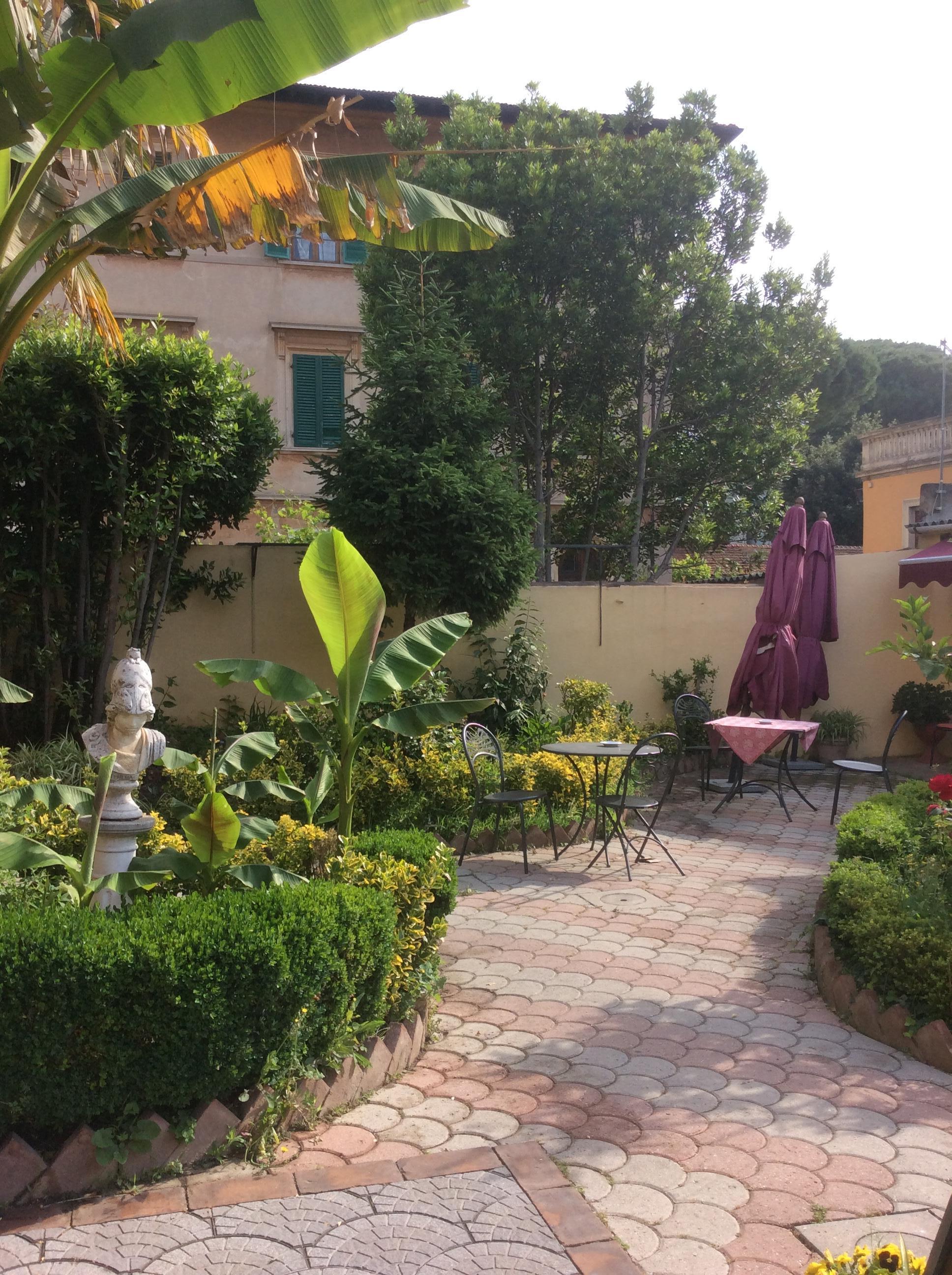 Hotel Soggiorno Athena (Pisa, ITA): Great Rates at Expedia.ie