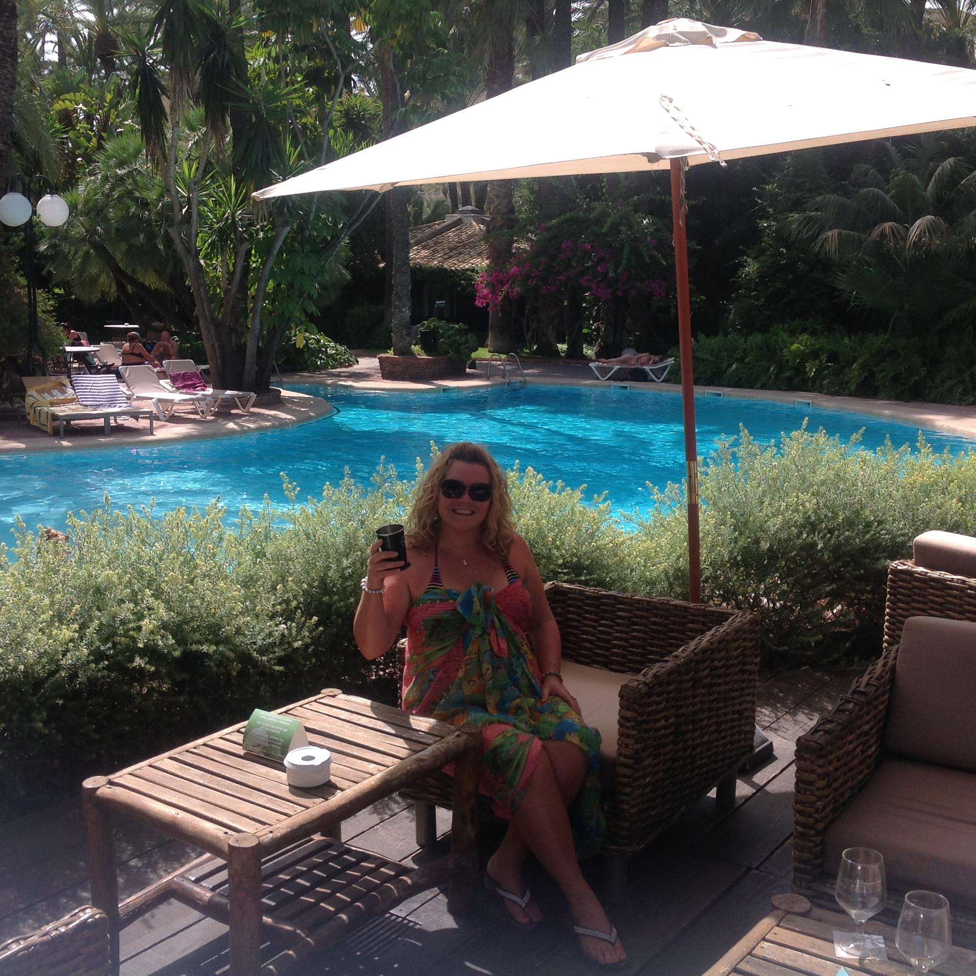 Relaxing in the pool bar