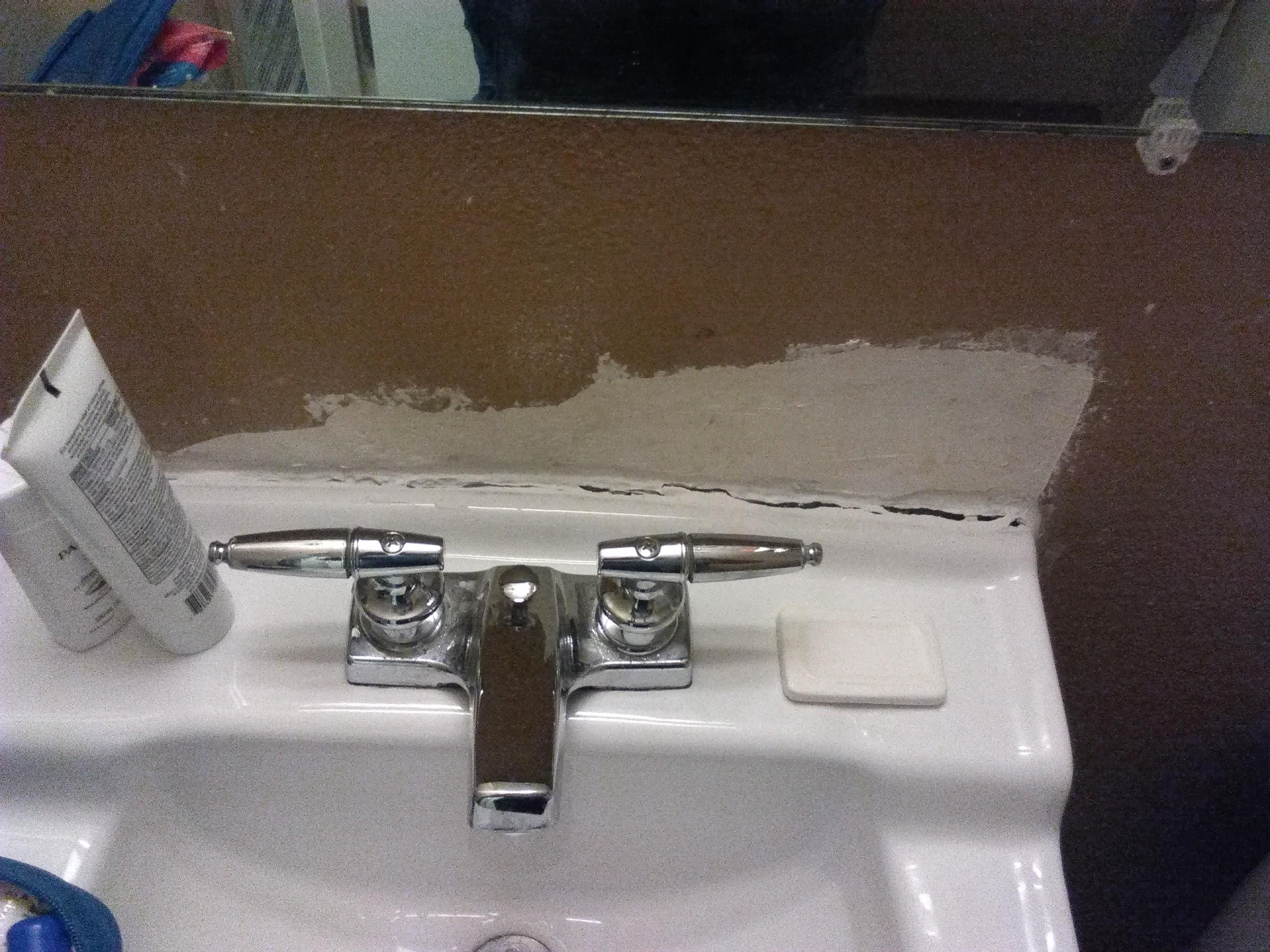 Crackedb sink