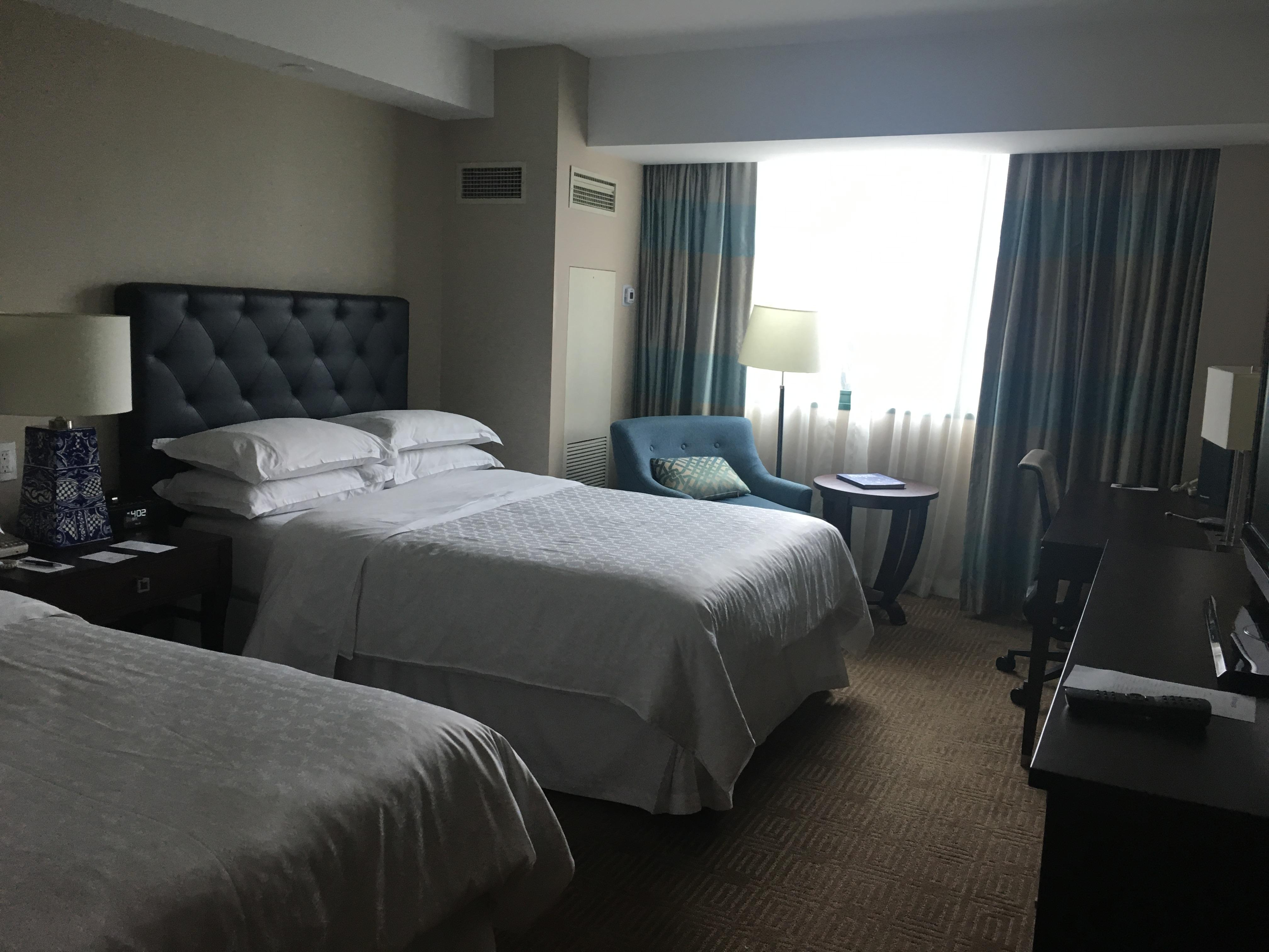 Double-bed in room 721