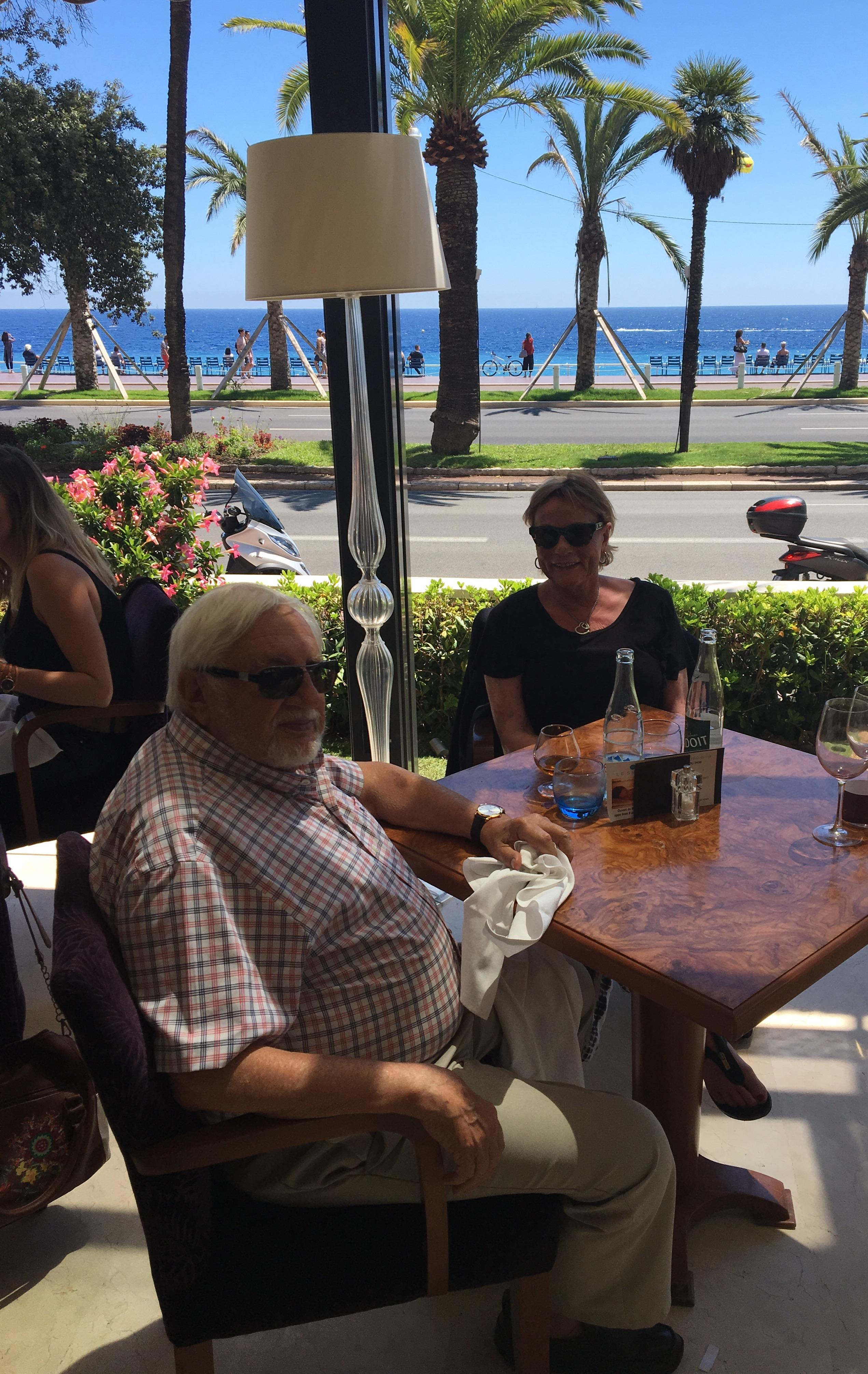 Lunch on the Westminster terrace overlooking the Promenade des Anglasis