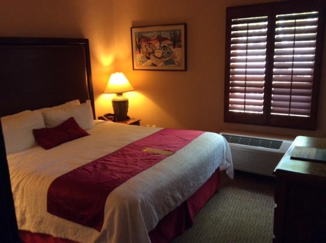 Room 707 Bedroom