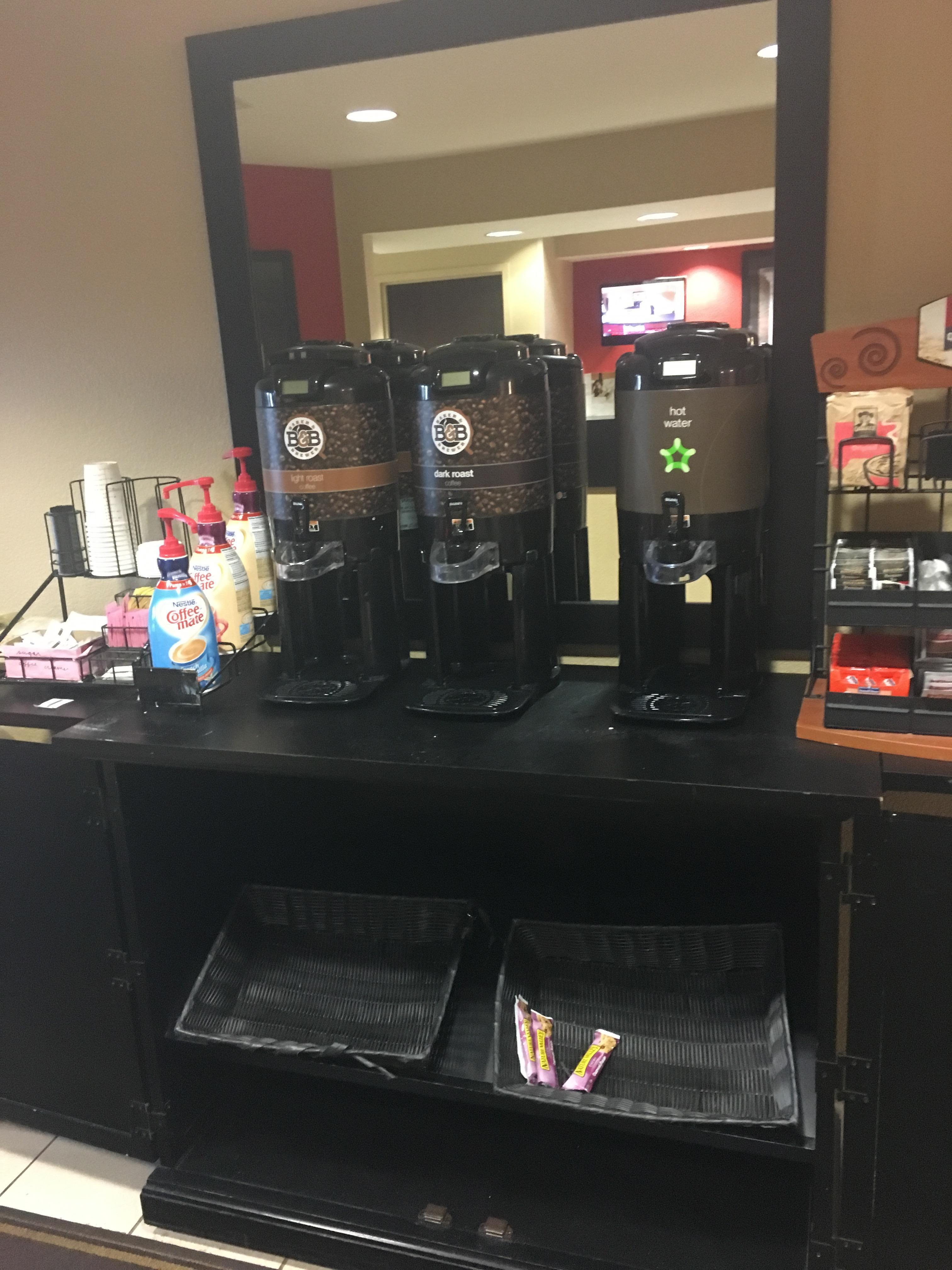 Pathetic breakfast availability