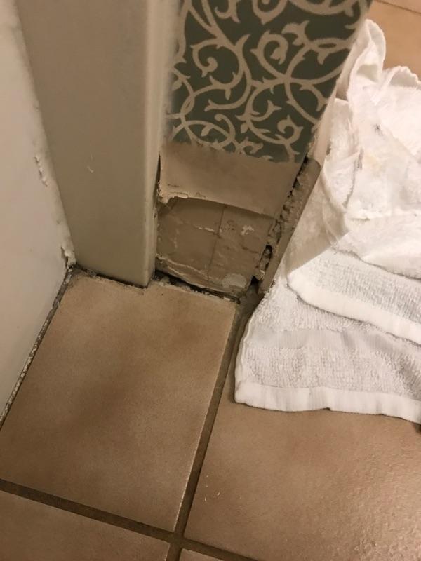 Missing tiles/baseboard