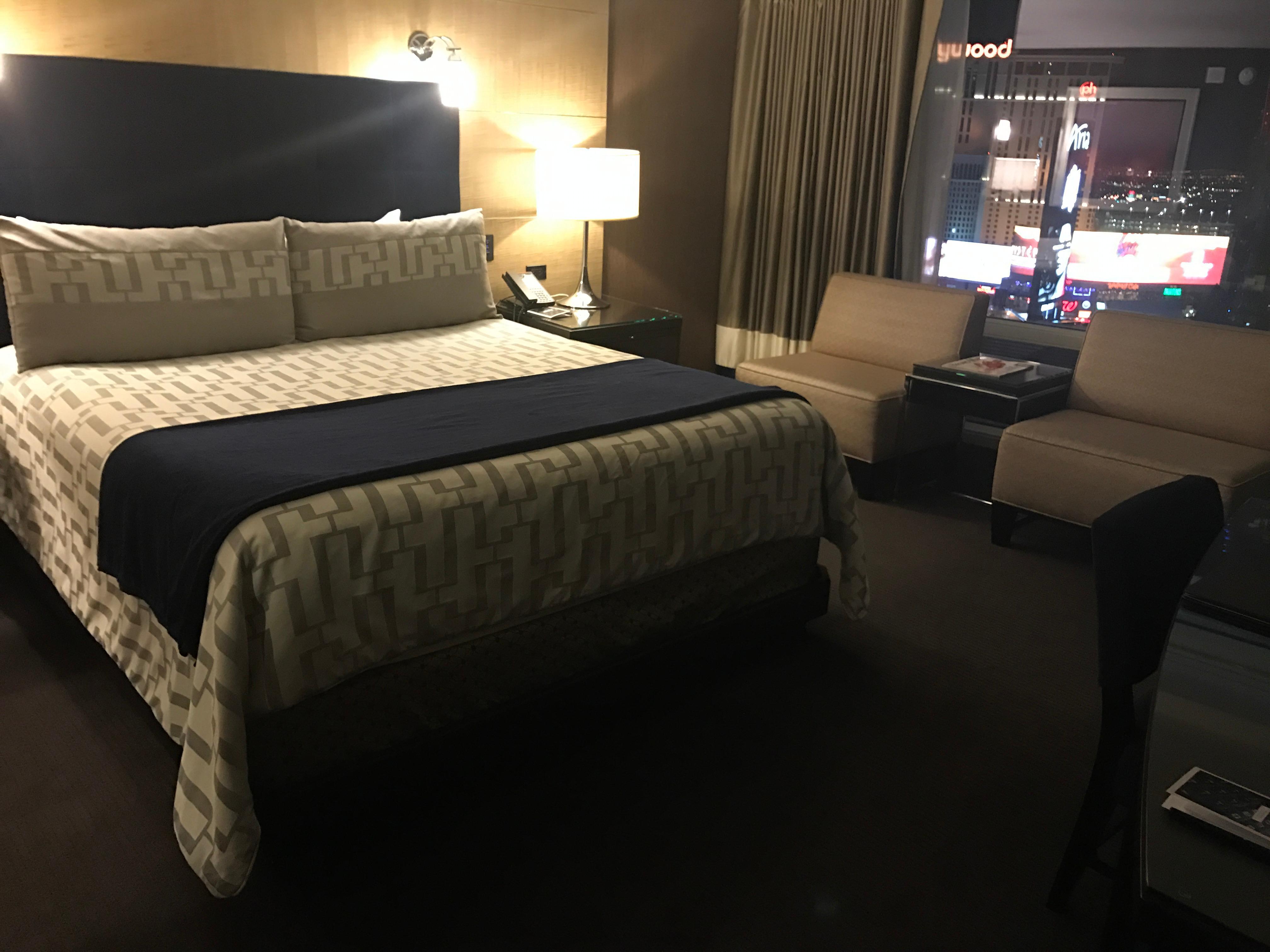 King strip view room