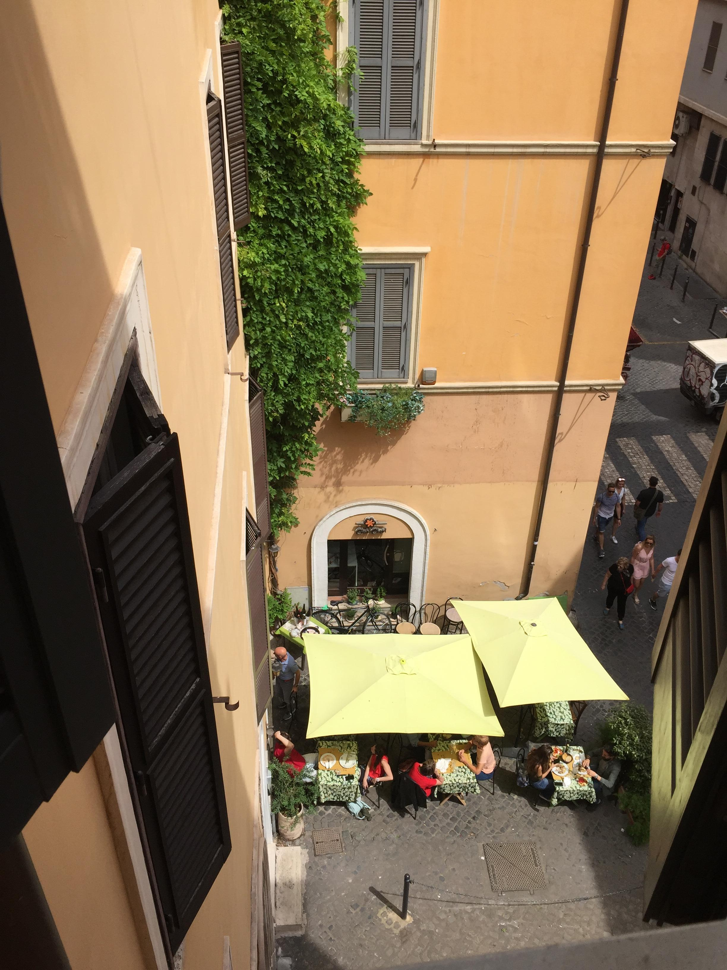 96a8e574ac6e The staff were amazing and the location is very good if one wants to tour  Rome on foot. The room was very small
