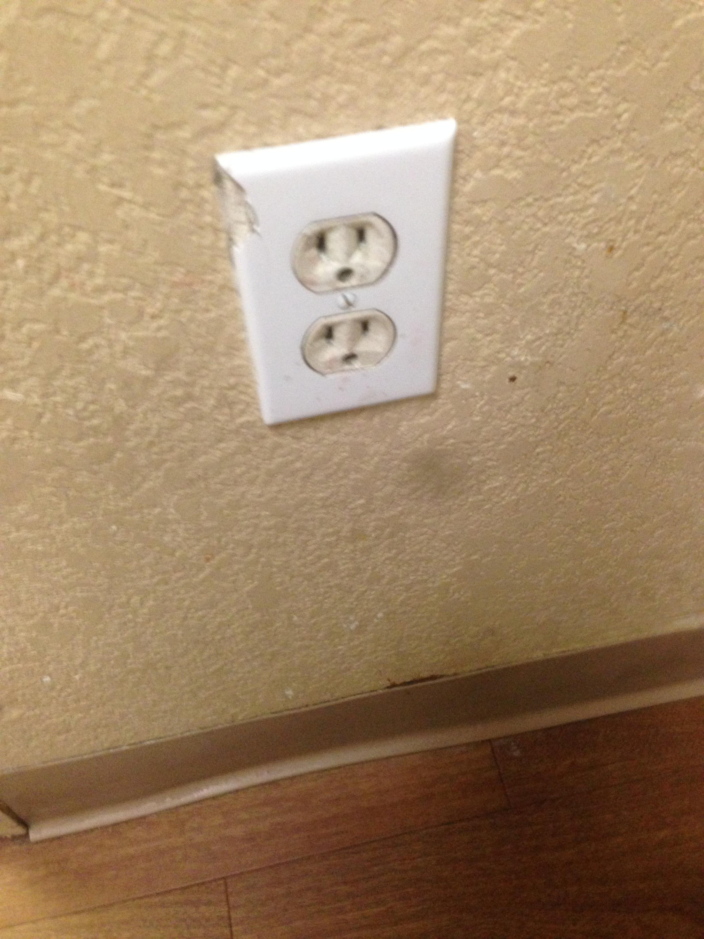 Broken and mis-matched outlet