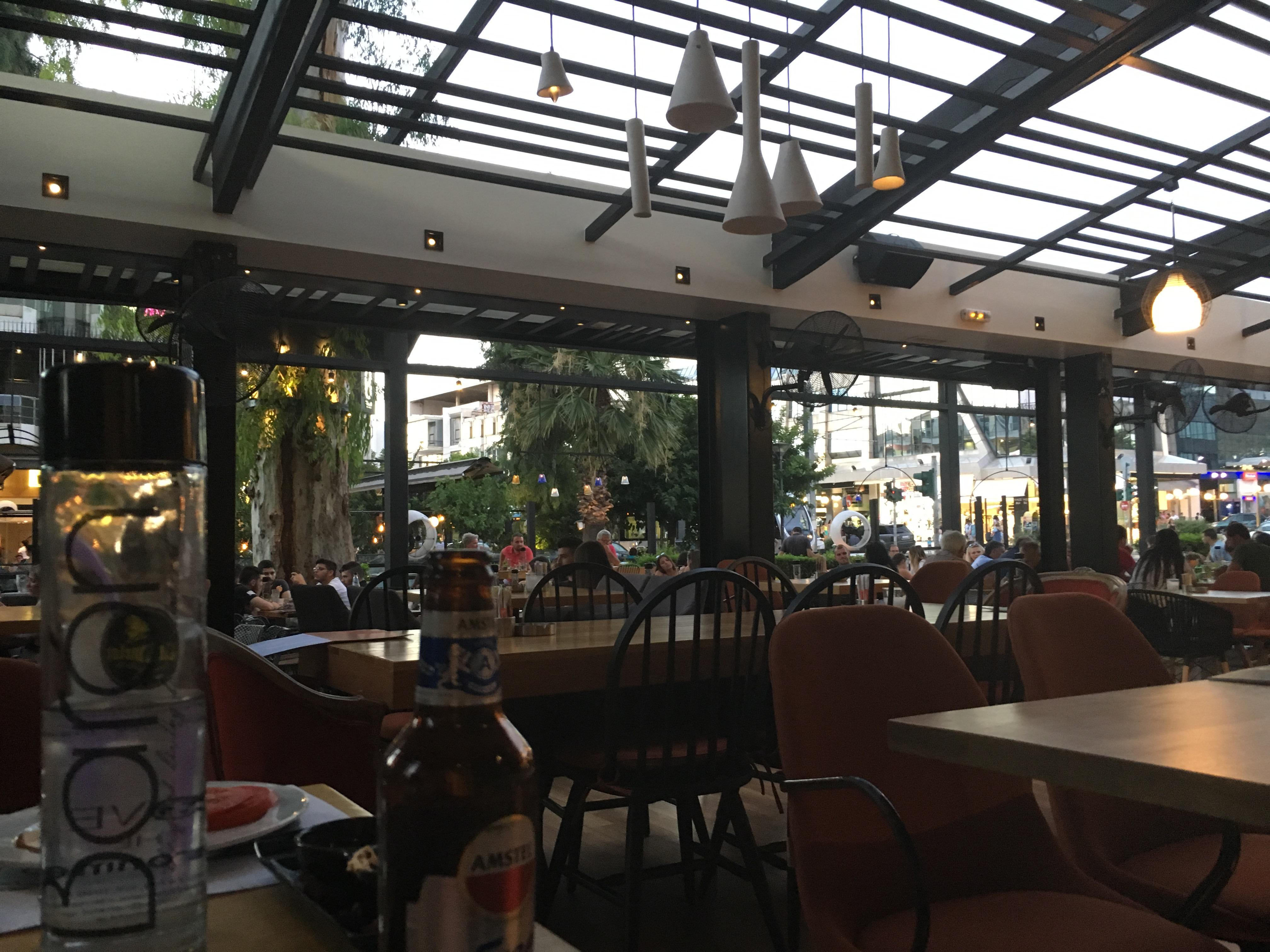 Baron - Glyfada centre restaurant