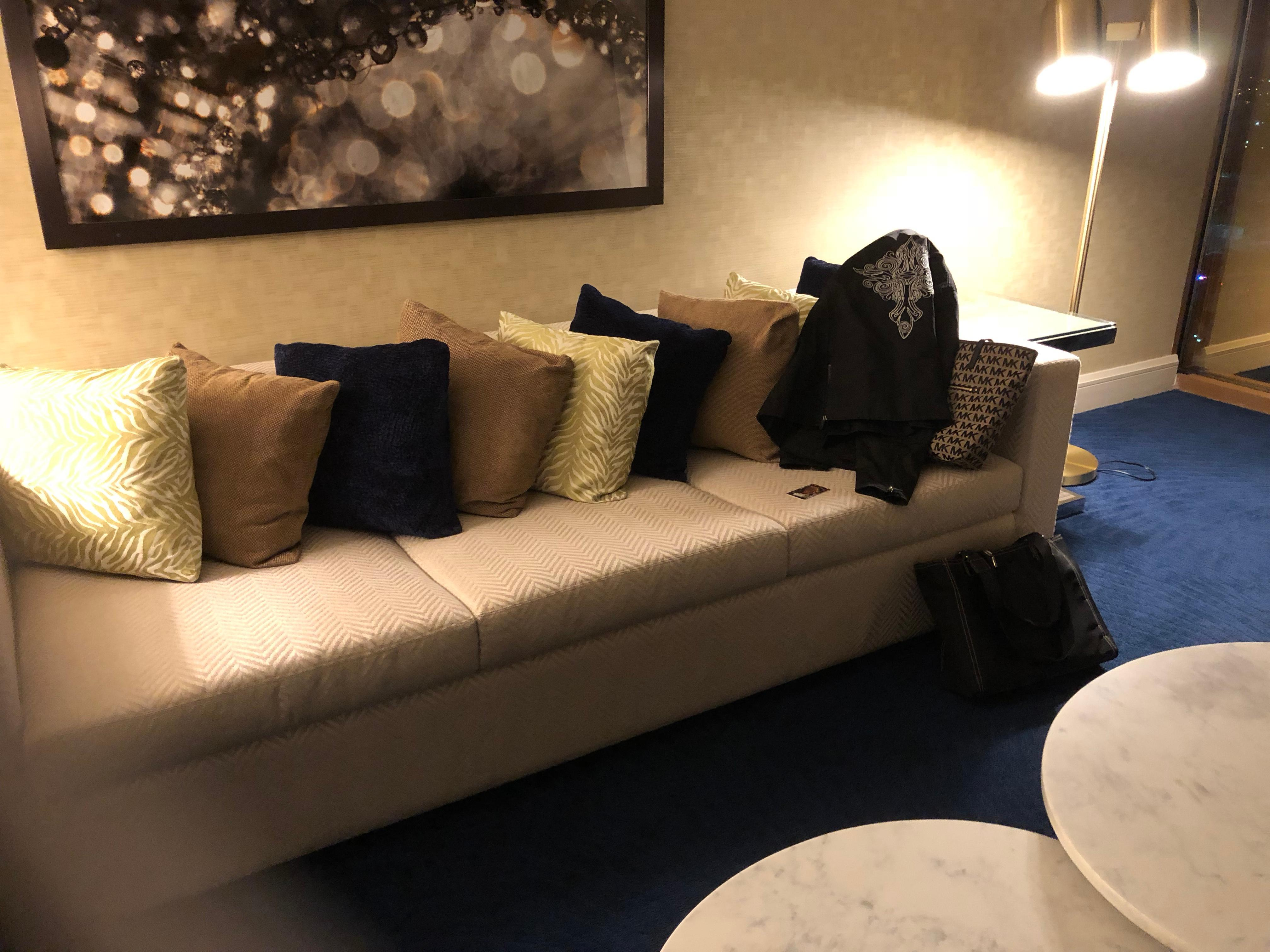 King Elite Suite