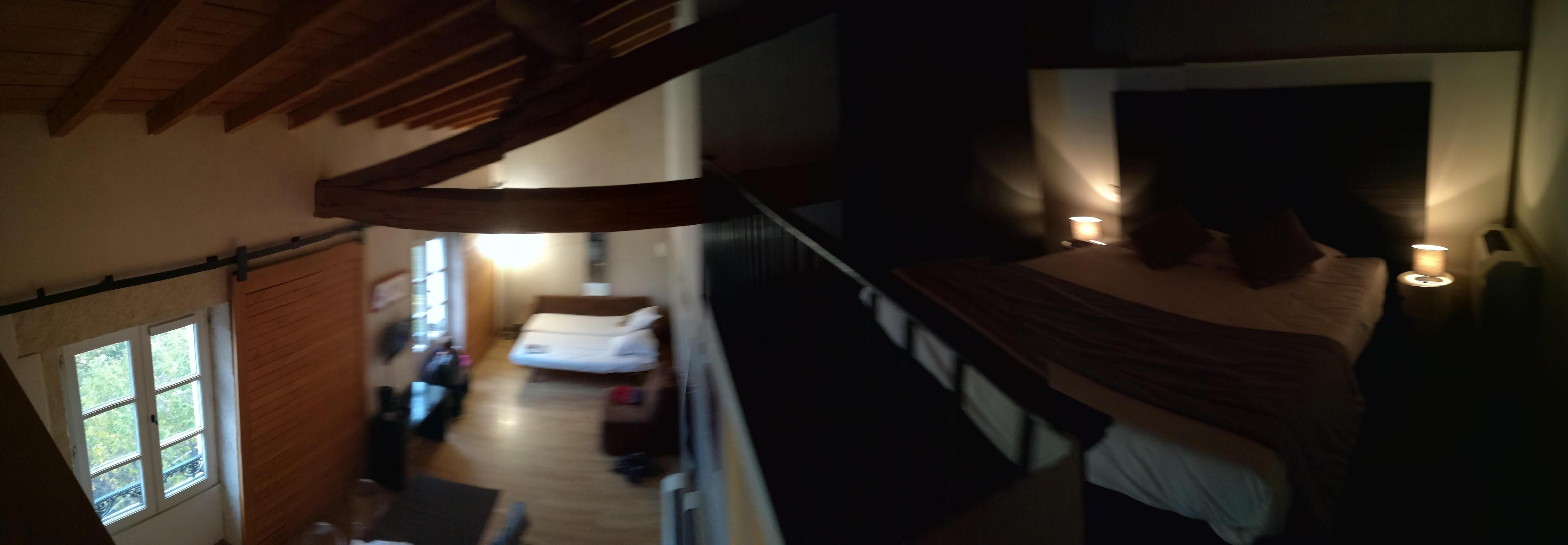 Chambre avec espace parents en mezzanine