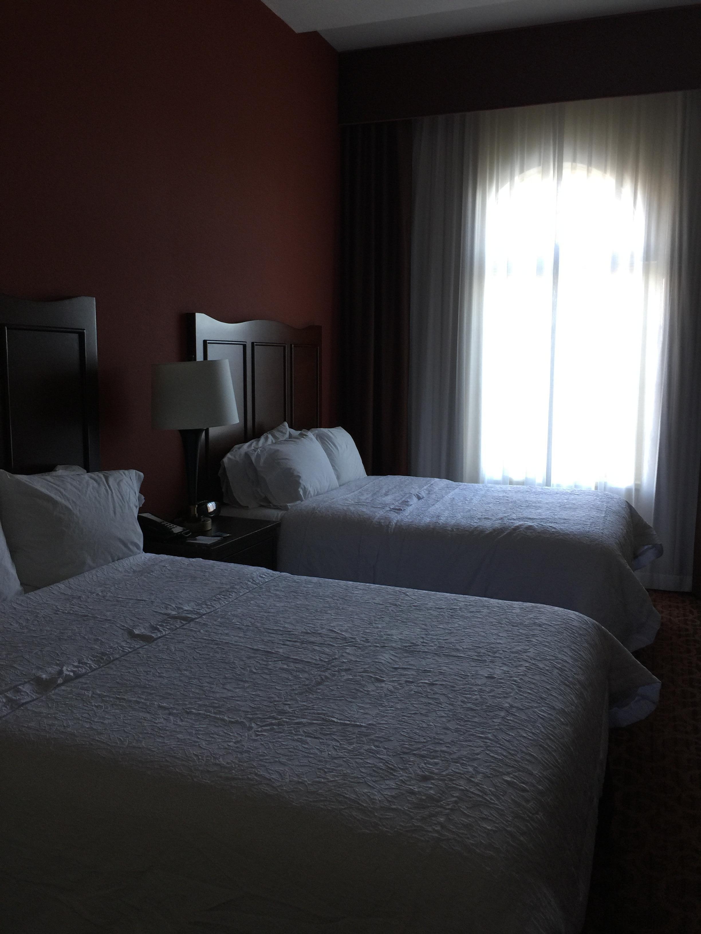Queen room facilities