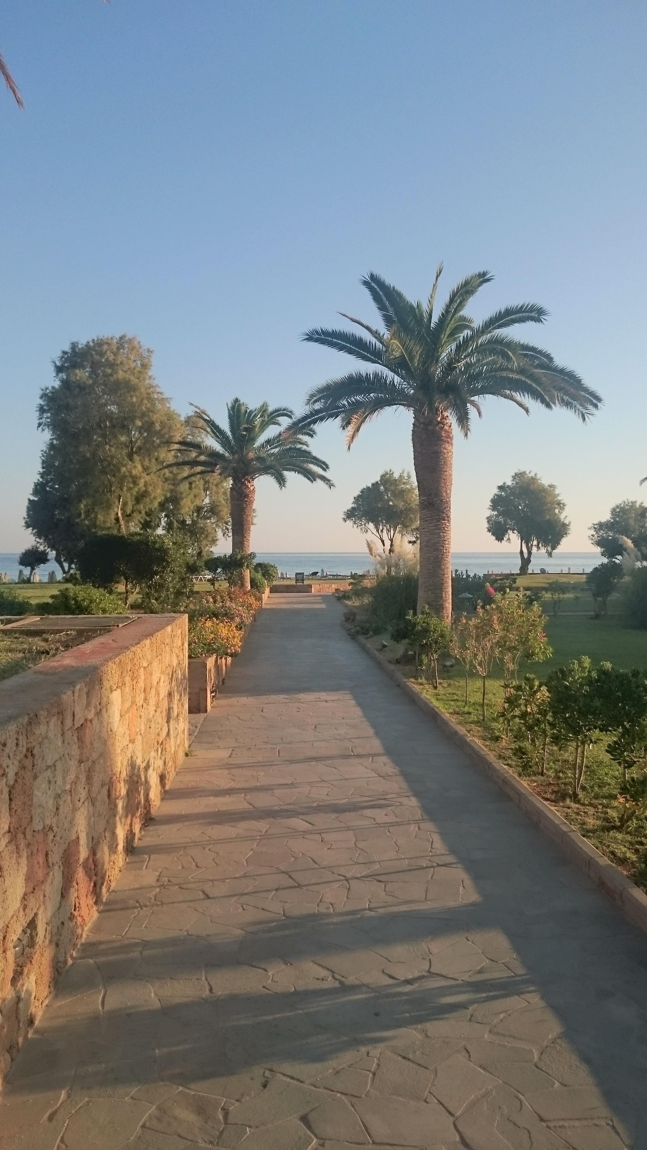 Weg zur Beach und Restaurants