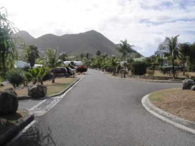 The main road of Esmeralda