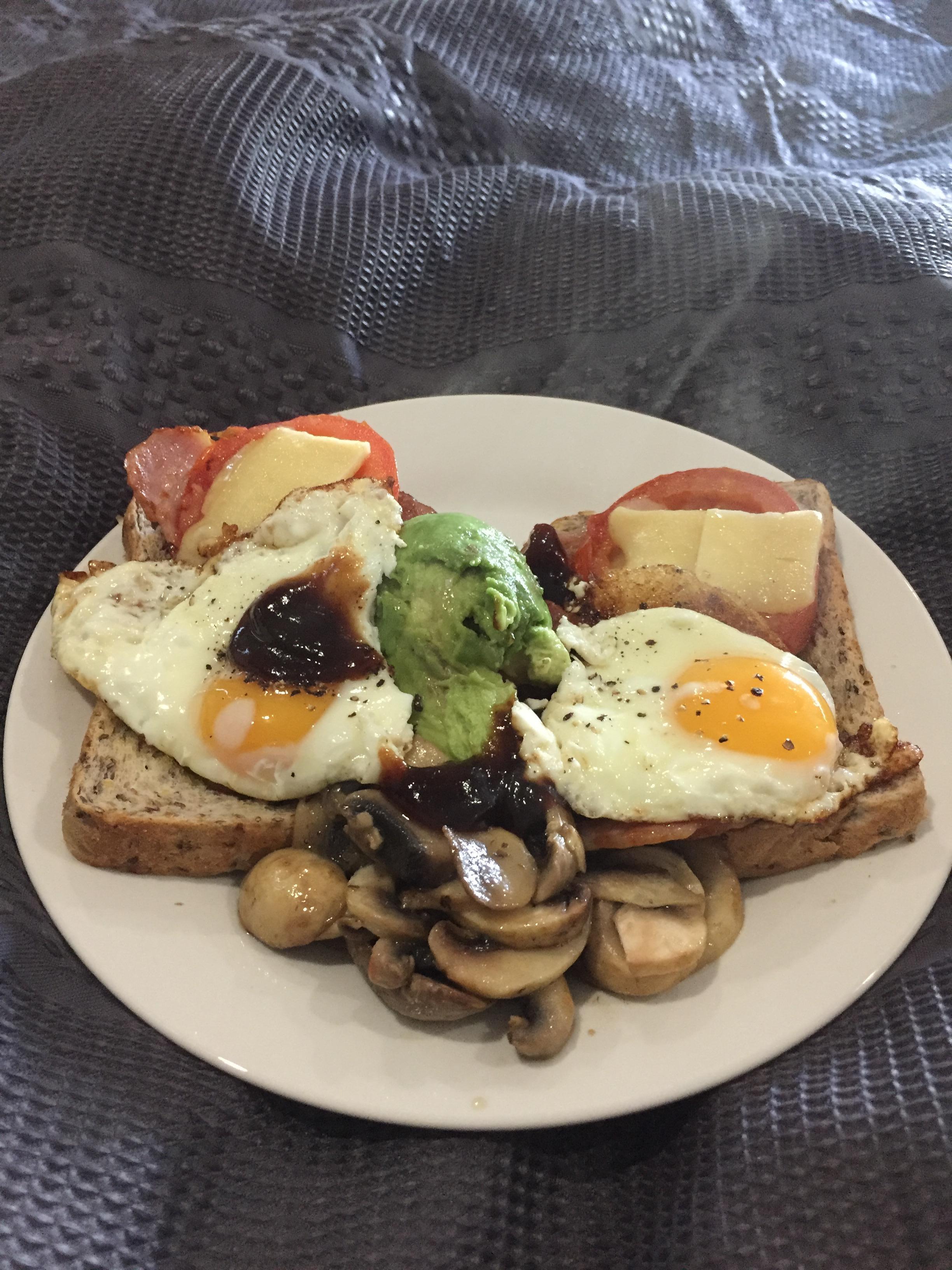 Awesome breakfast hamper