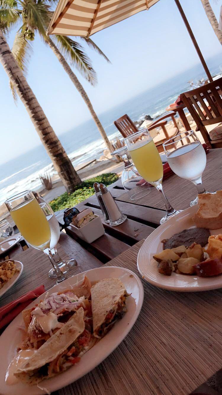 Breakfast views at Peninsula