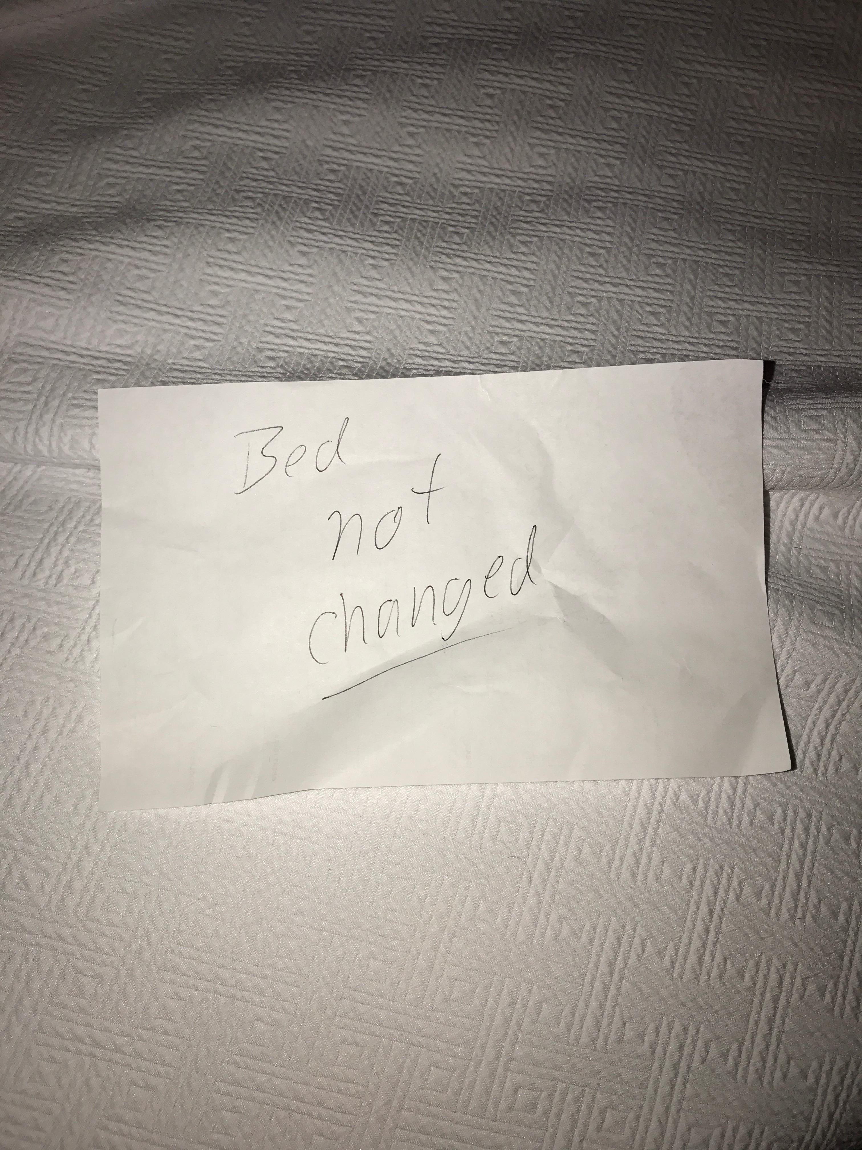 Note left in sheets by last guest - Disguting!
